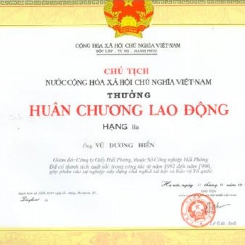 HuanChuongLDHangIII 500x500 Trang chủ